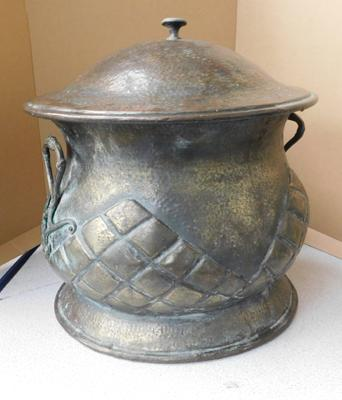 "Vintage copper coal storage with lid, approx 11"" high"