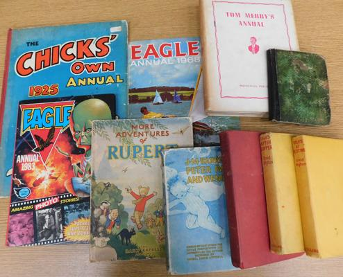 Collection of vintage childrens books/annuals inc Enid Blyton ,magazine annual, 1947 Rupert annul=al paperback etc