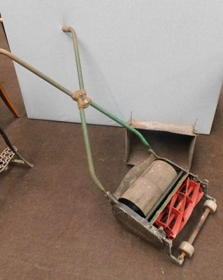 Vintage hand roll lawn mower - Ranomes 12 in Avax MK5