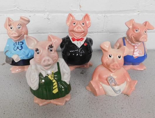 5 x Nat West pigs with stoppers (one with repairs to trotter)