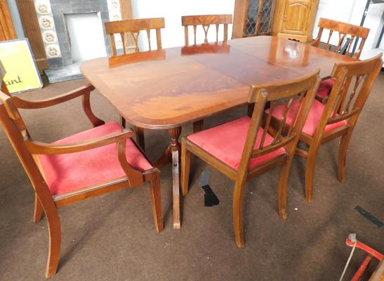 Extending mahogany table & six chairs