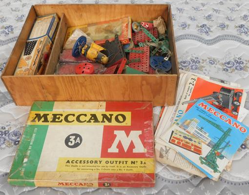 Vintage selection of metal Meccano