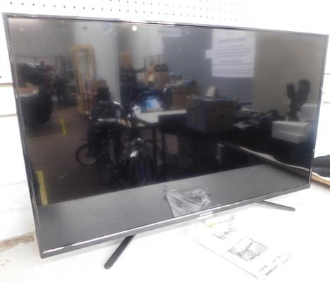 Polaroid 42 inch HD LED TV, sold as seen, no remote