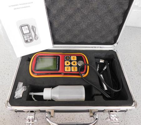 Ultrasonic thickness gauge kit (can be used for thickness of silver bars) used but good condition w/o