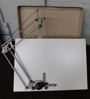 Small drawing table in carry case